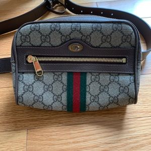 Gucci GG Supreme Canvas Belt Bag New